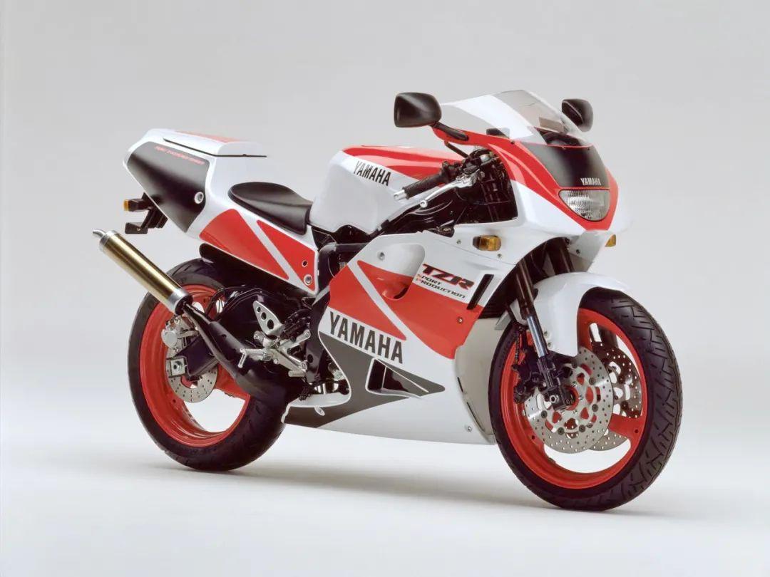 车型历史图库:雅马哈Yamaha TZR250 第三代 最终型-第39张图片-春风行摩托车之家