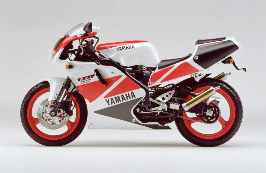 车型历史图库:雅马哈Yamaha TZR250 第三代 最终型-第42张图片-春风行摩托车之家