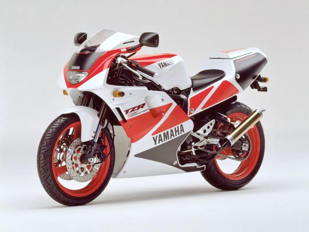 车型历史图库:雅马哈Yamaha TZR250 第三代 最终型-第41张图片-春风行摩托车之家