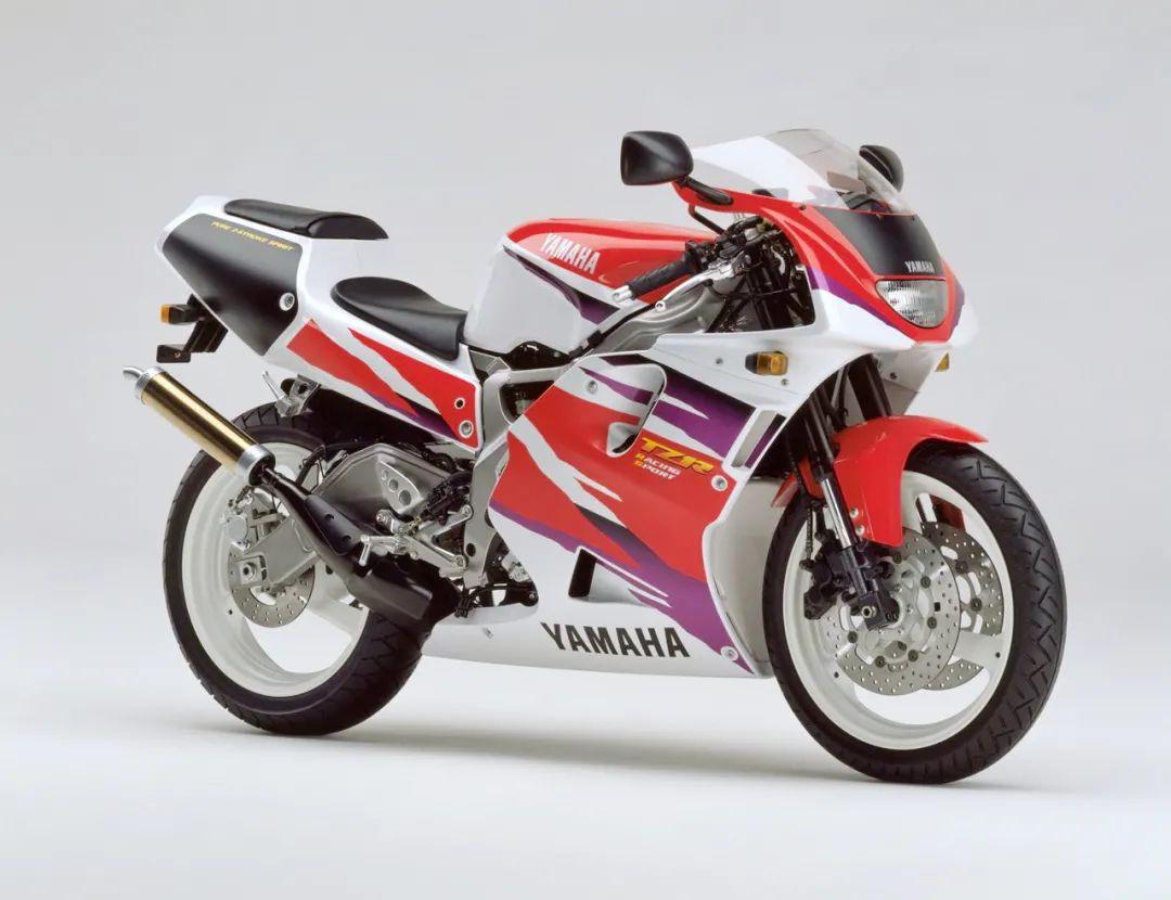 车型历史图库:雅马哈Yamaha TZR250 第三代 最终型-第43张图片-春风行摩托车之家