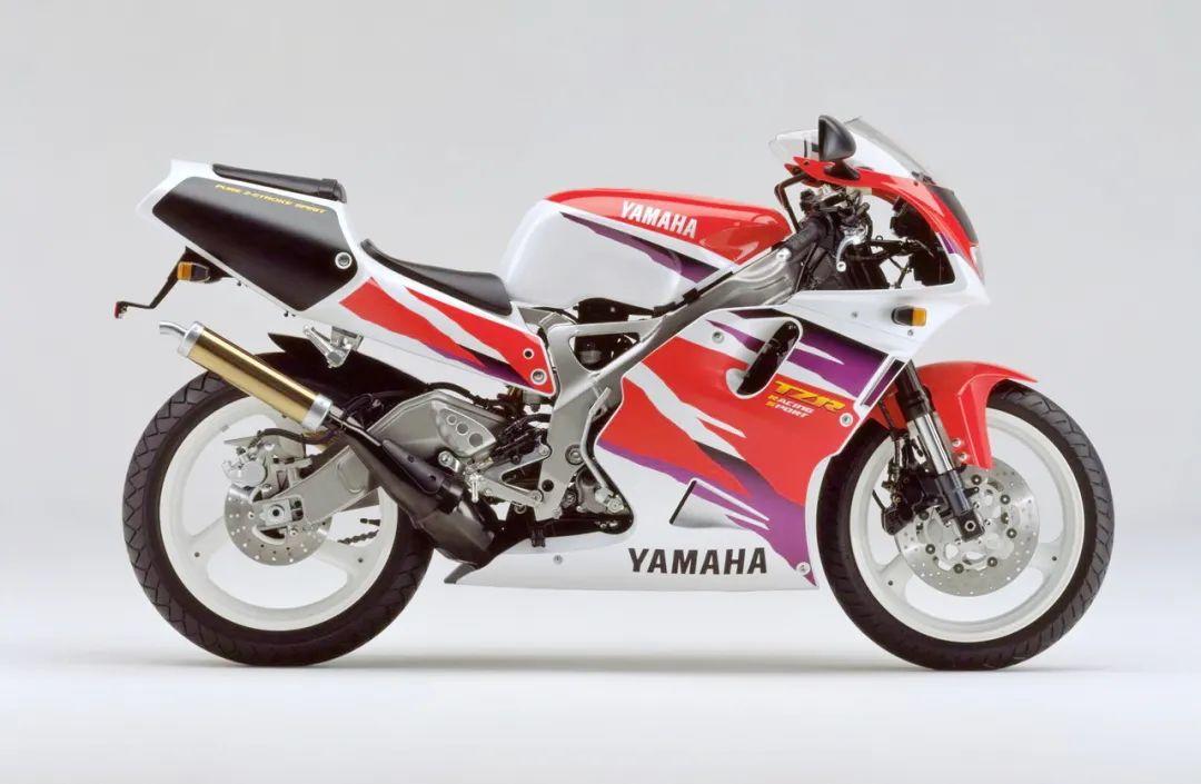 车型历史图库:雅马哈Yamaha TZR250 第三代 最终型-第44张图片-春风行摩托车之家