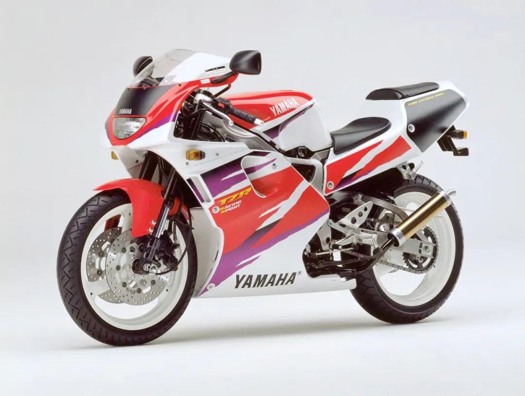 车型历史图库:雅马哈Yamaha TZR250 第三代 最终型-第45张图片-春风行摩托车之家