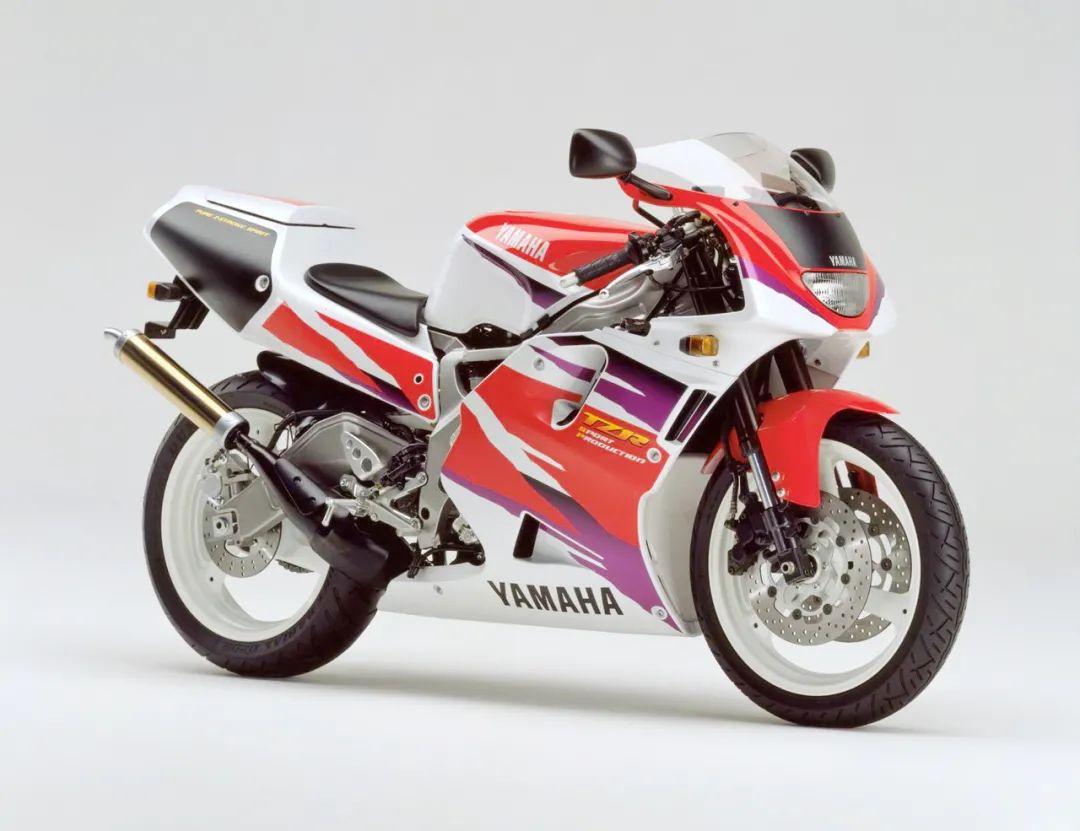 车型历史图库:雅马哈Yamaha TZR250 第三代 最终型-第47张图片-春风行摩托车之家