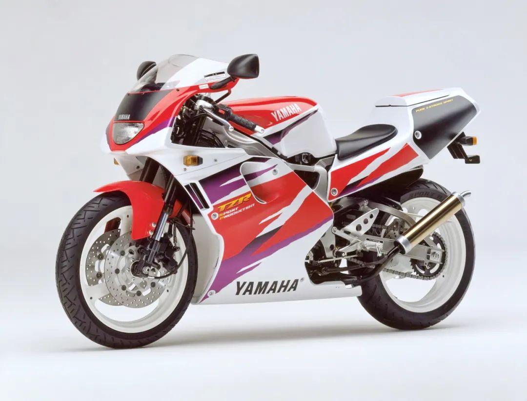 车型历史图库:雅马哈Yamaha TZR250 第三代 最终型-第49张图片-春风行摩托车之家