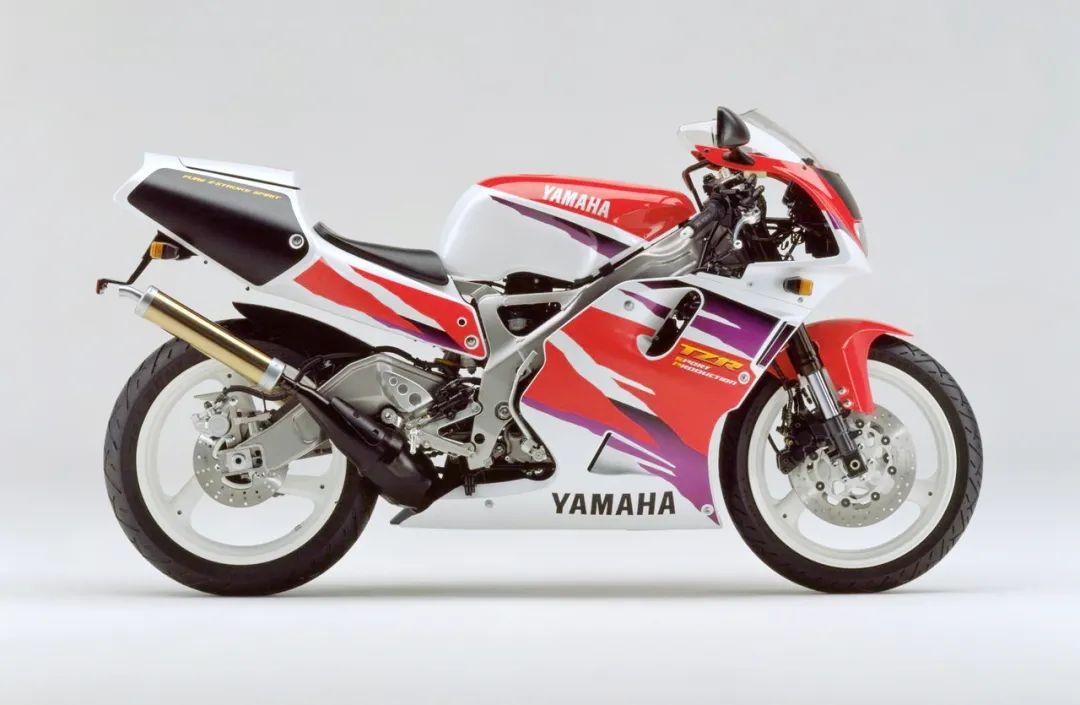 车型历史图库:雅马哈Yamaha TZR250 第三代 最终型-第48张图片-春风行摩托车之家