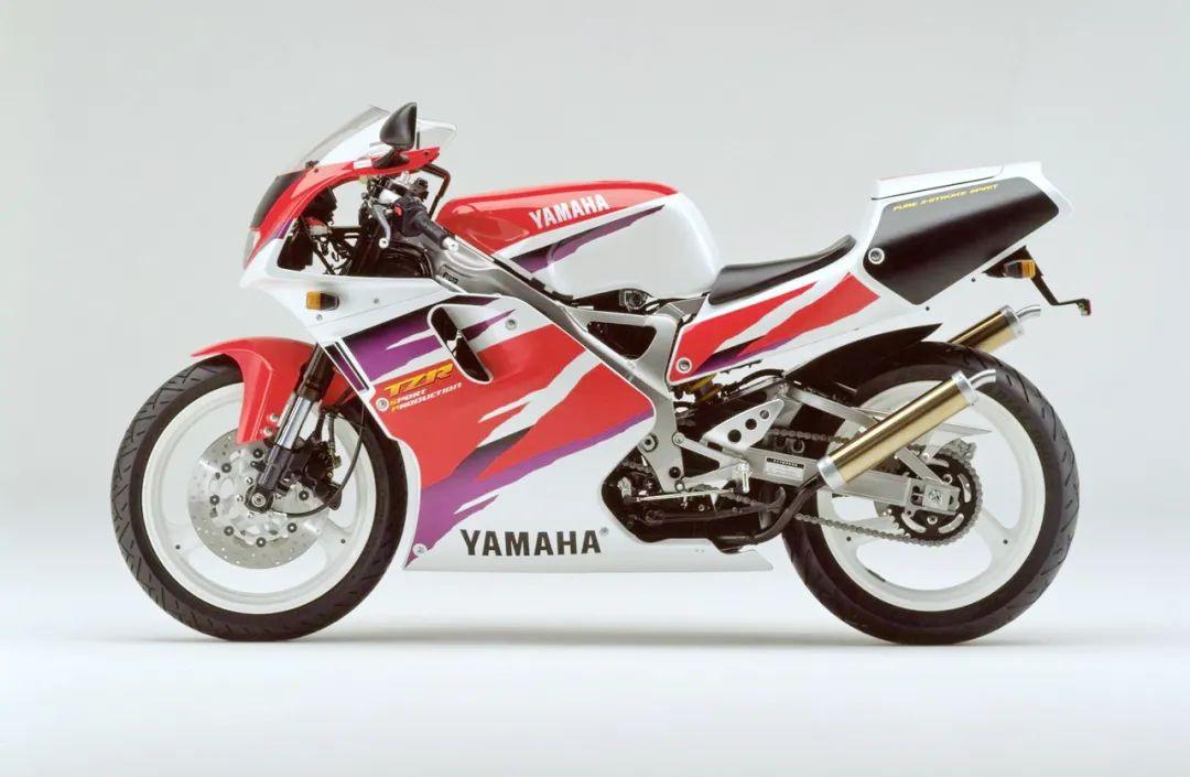 车型历史图库:雅马哈Yamaha TZR250 第三代 最终型-第50张图片-春风行摩托车之家