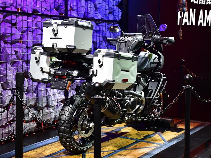 旅行不止于公路 哈雷Pan America静评-第4张图片-春风行摩托车之家