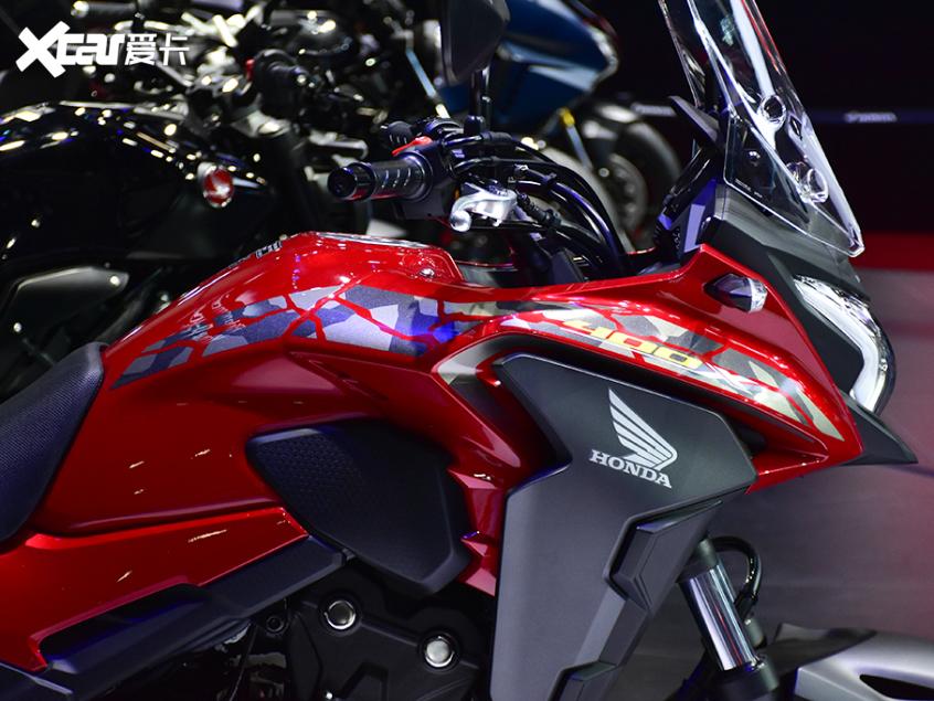 被阉割还是本土化?实拍国产本田CB400X-第6张图片-春风行摩托车之家