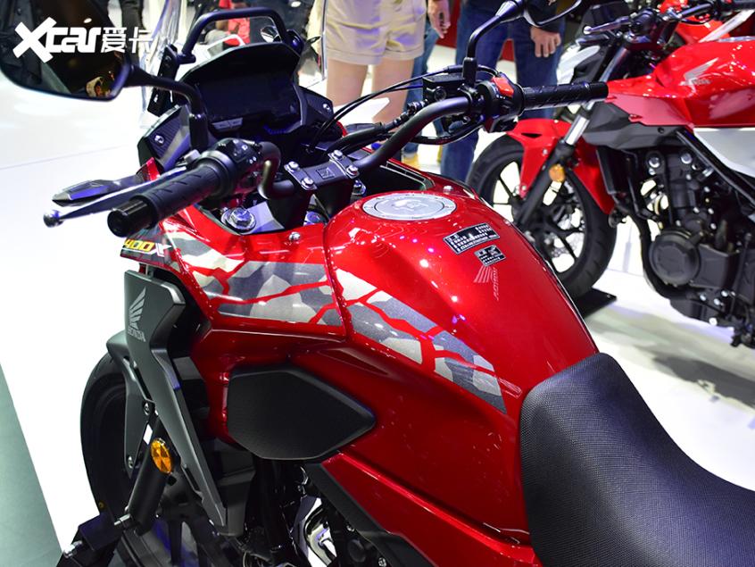 被阉割还是本土化?实拍国产本田CB400X-第7张图片-春风行摩托车之家