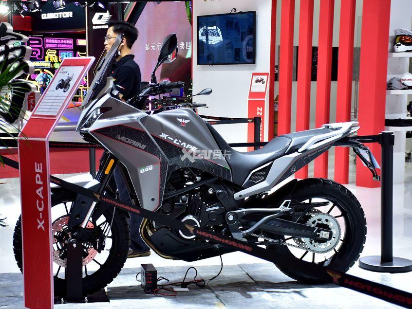 高颜值+中国芯 摩托莫里尼X-CAPE实拍-第21张图片-春风行摩托车之家