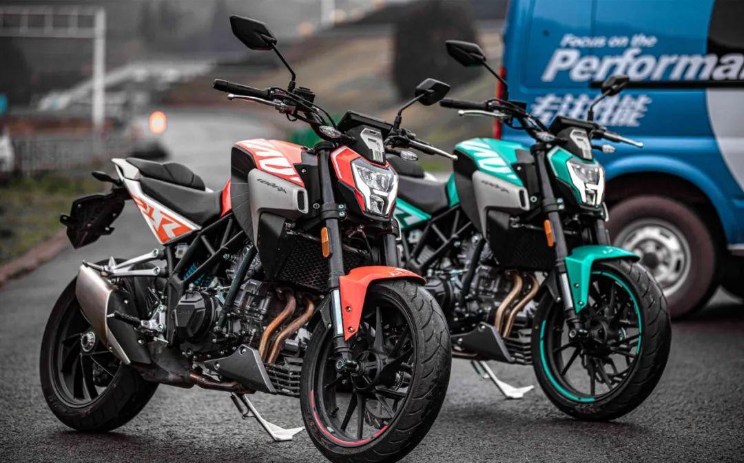 越来越多的小排量跑车到来,当红小生春风250SR该如何应对-第9张图片-春风行摩托车之家