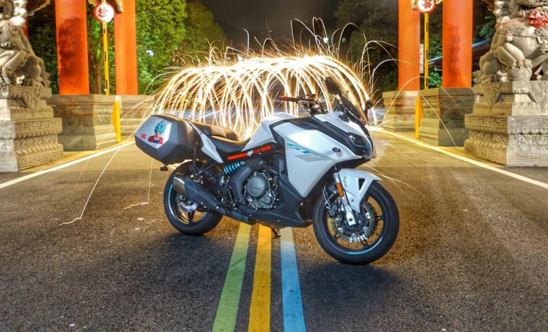 兼顾运动与诗和远方—春风650GT 一万公里使用报告-第1张图片-春风行摩托车之家