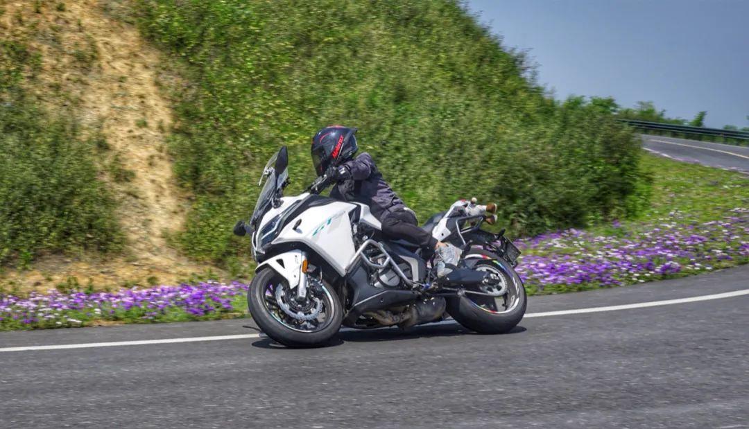 兼顾运动与诗和远方—春风650GT 一万公里使用报告-第20张图片-春风行摩托车之家