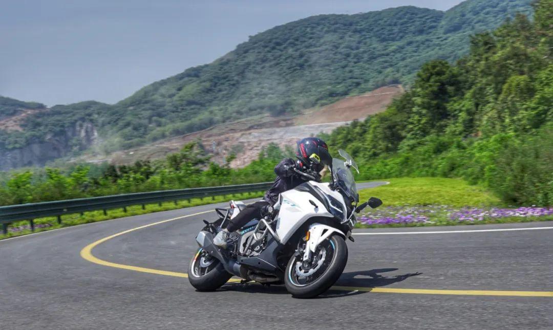 兼顾运动与诗和远方—春风650GT 一万公里使用报告-第21张图片-春风行摩托车之家