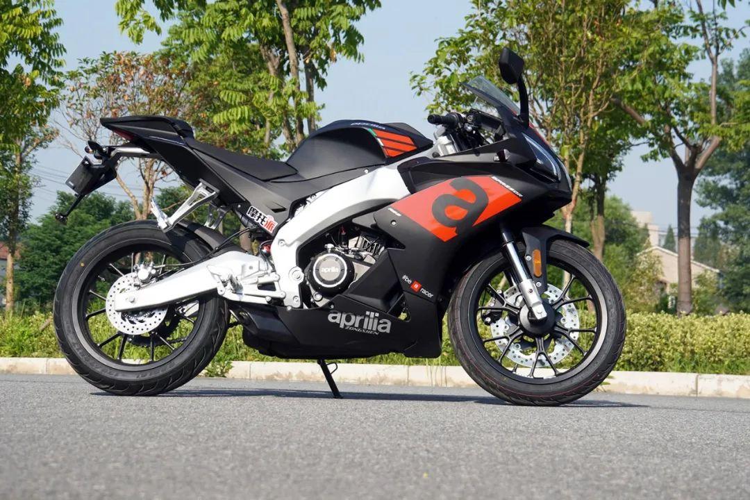 熟悉配方更猛的底料,全方位解读26800元的GPR250R-第21张图片-春风行摩托车之家