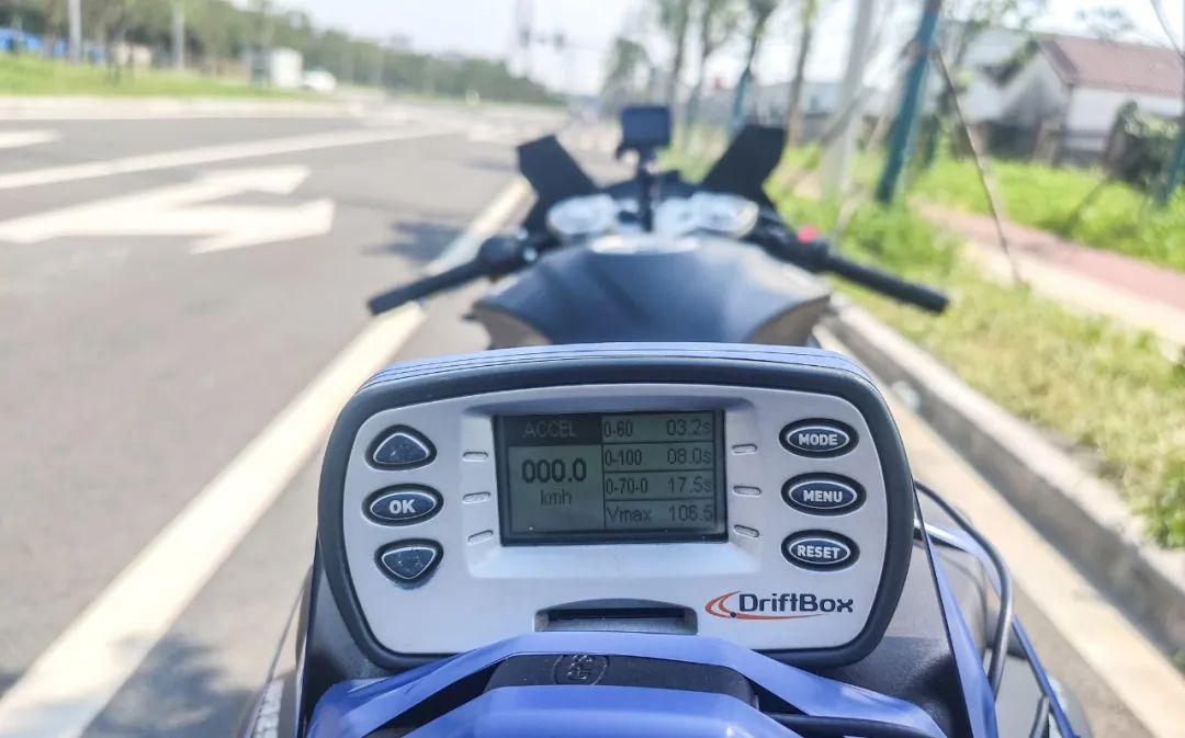 熟悉配方更猛的底料,全方位解读26800元的GPR250R-第29张图片-春风行摩托车之家