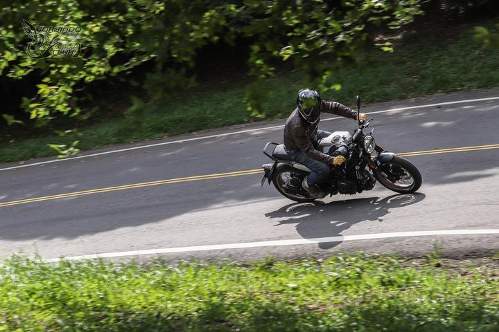 来自未来的座驾 胡思瓦娜Husqvarna「VITPILEN 401」-第4张图片-春风行摩托车之家