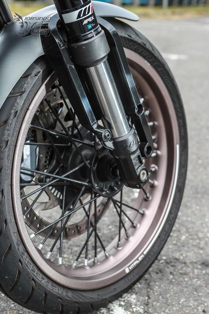 来自未来的座驾 胡思瓦娜Husqvarna「VITPILEN 401」-第22张图片-春风行摩托车之家