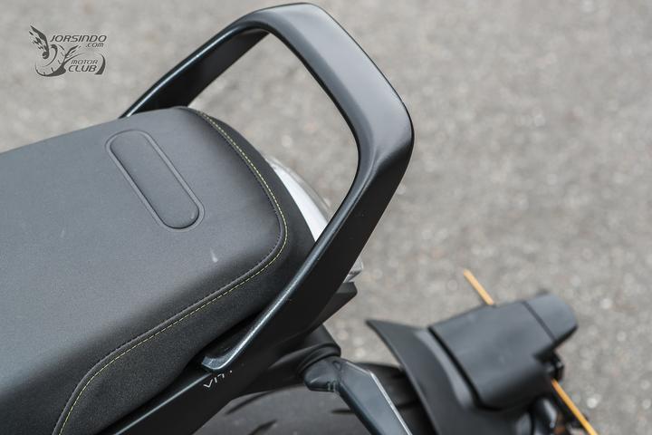 来自未来的座驾 胡思瓦娜Husqvarna「VITPILEN 401」-第30张图片-春风行摩托车之家