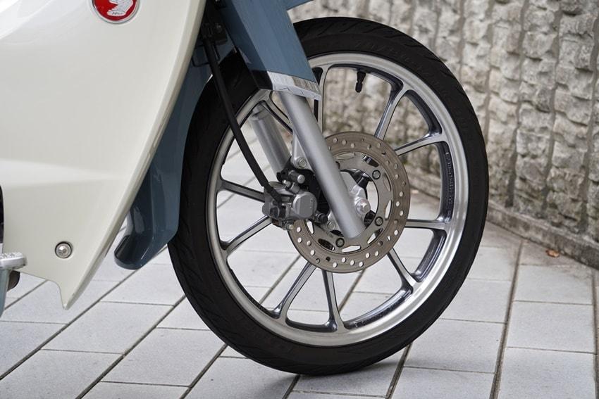 时尚通勤感 本田HONDA「SUPER CUB C125」-第6张图片-春风行摩托车之家