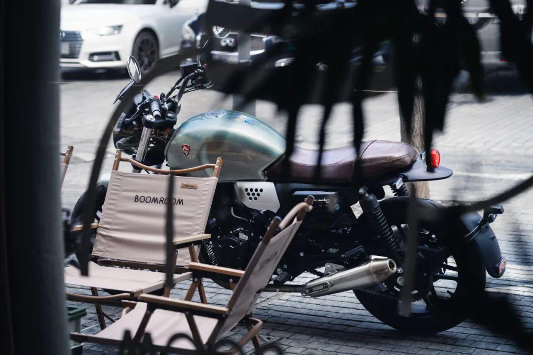 你是谁?为什么要上手英伦复古?-第1张图片-春风行摩托车之家