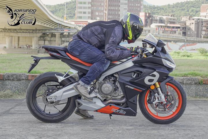 意大利雄狮的中排量超新星!阿普利亚Aprilia「RS660」-第35张图片-春风行摩托车之家
