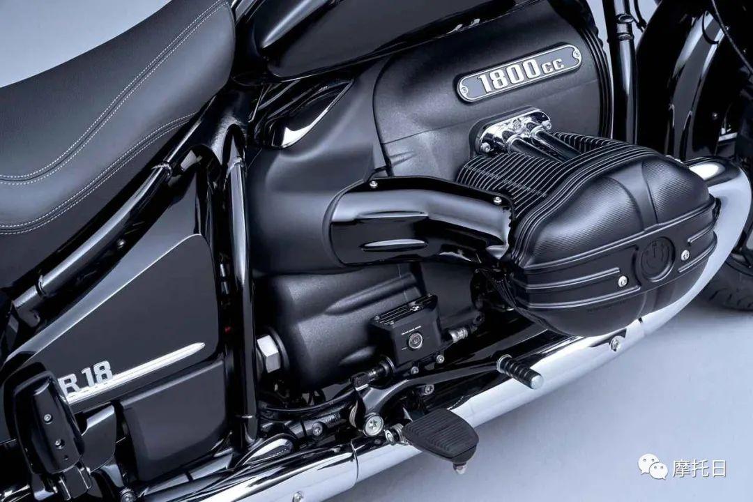 宝马发布R18衍生款Transcontinental,宝马也有大滑翔了-第4张图片-春风行摩托车之家