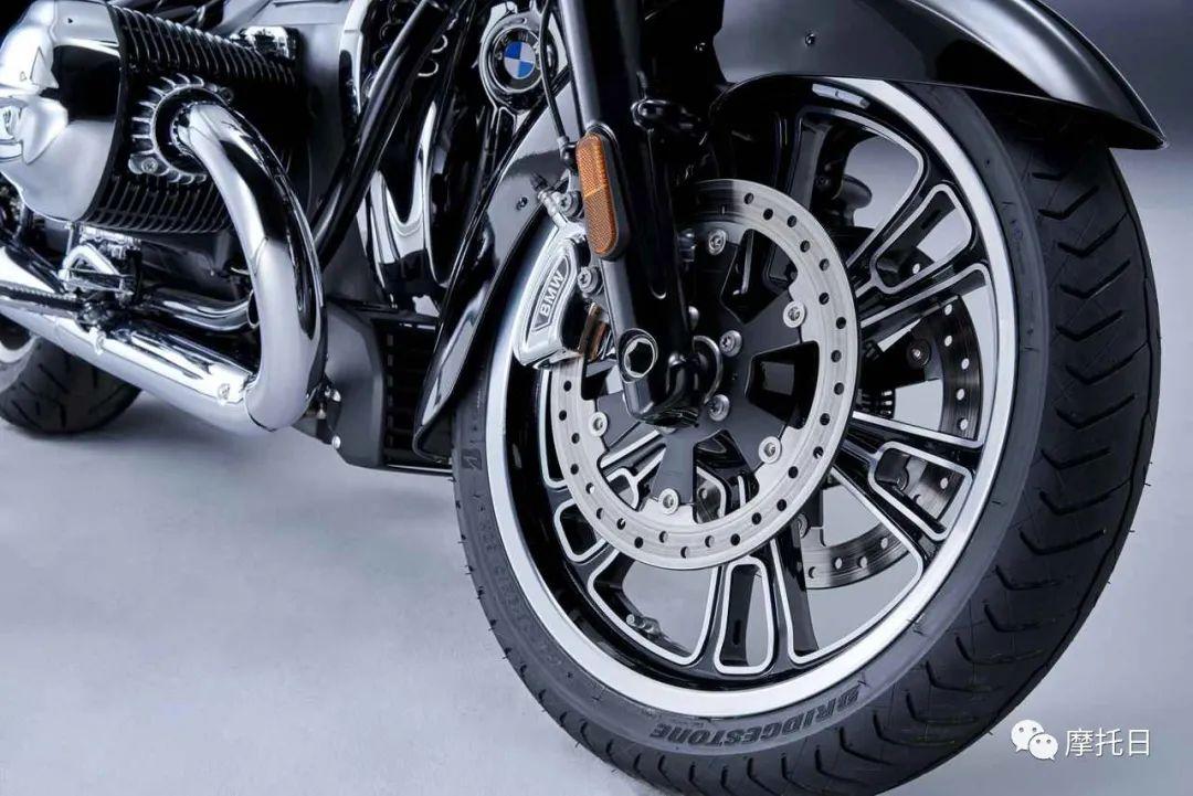 宝马发布R18衍生款Transcontinental,宝马也有大滑翔了-第5张图片-春风行摩托车之家