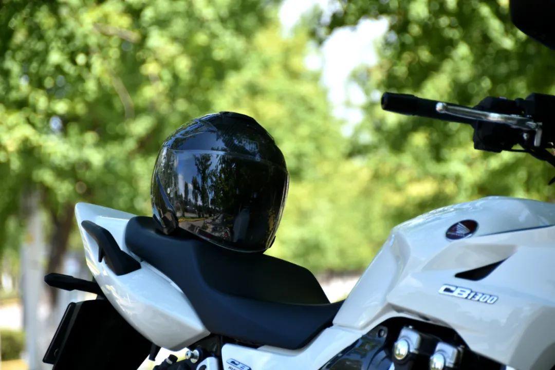试驾街皇 ,除了情怀,CB1300还有啥?-第24张图片-春风行摩托车之家