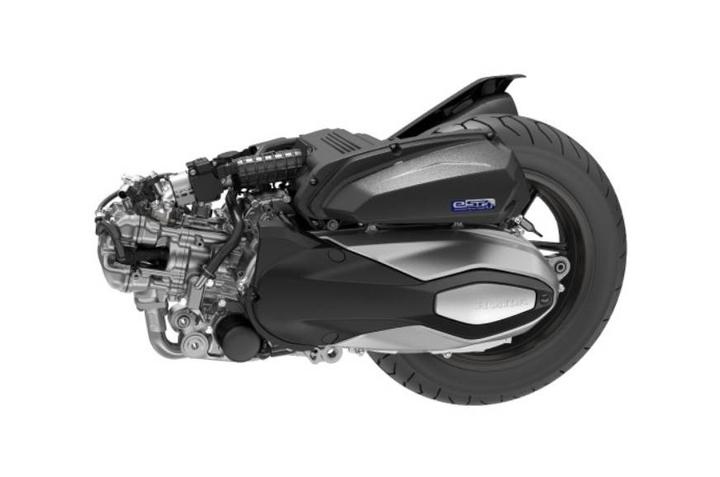 大踏板也能越野?疑似本田HONDA「ADV350」设计草图曝光-第4张图片-春风行摩托车之家