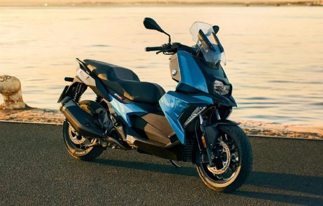 售价6.89万,解读宝马C400X踏板摩托:水冷单缸350动力,国产制造-第4张图片-春风行摩托车之家