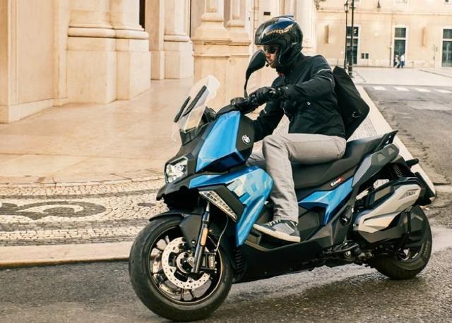 售价6.89万,解读宝马C400X踏板摩托:水冷单缸350动力,国产制造-第5张图片-春风行摩托车之家