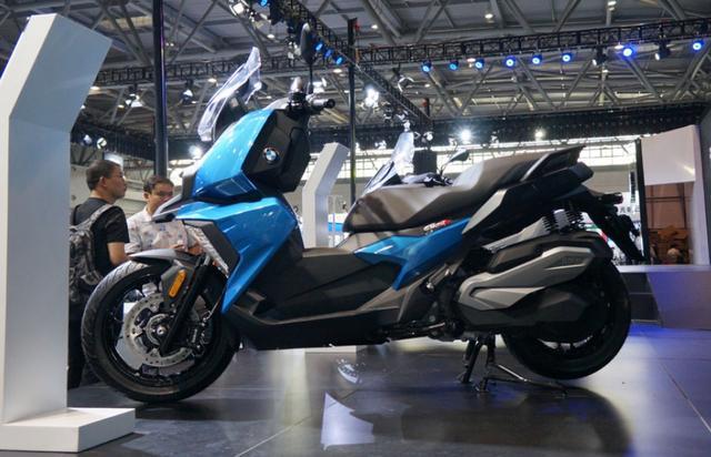 售价6.89万,解读宝马C400X踏板摩托:水冷单缸350动力,国产制造-第3张图片-春风行摩托车之家