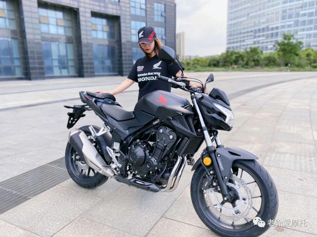 本田中排车型 - CB400F 入门级街车 实车介绍!-第1张图片-春风行摩托车之家