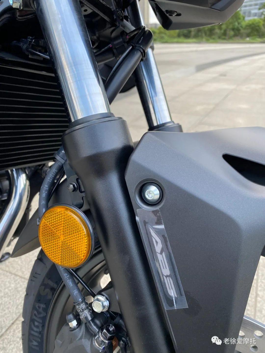 本田中排车型 - CB400F 入门级街车 实车介绍!-第23张图片-春风行摩托车之家