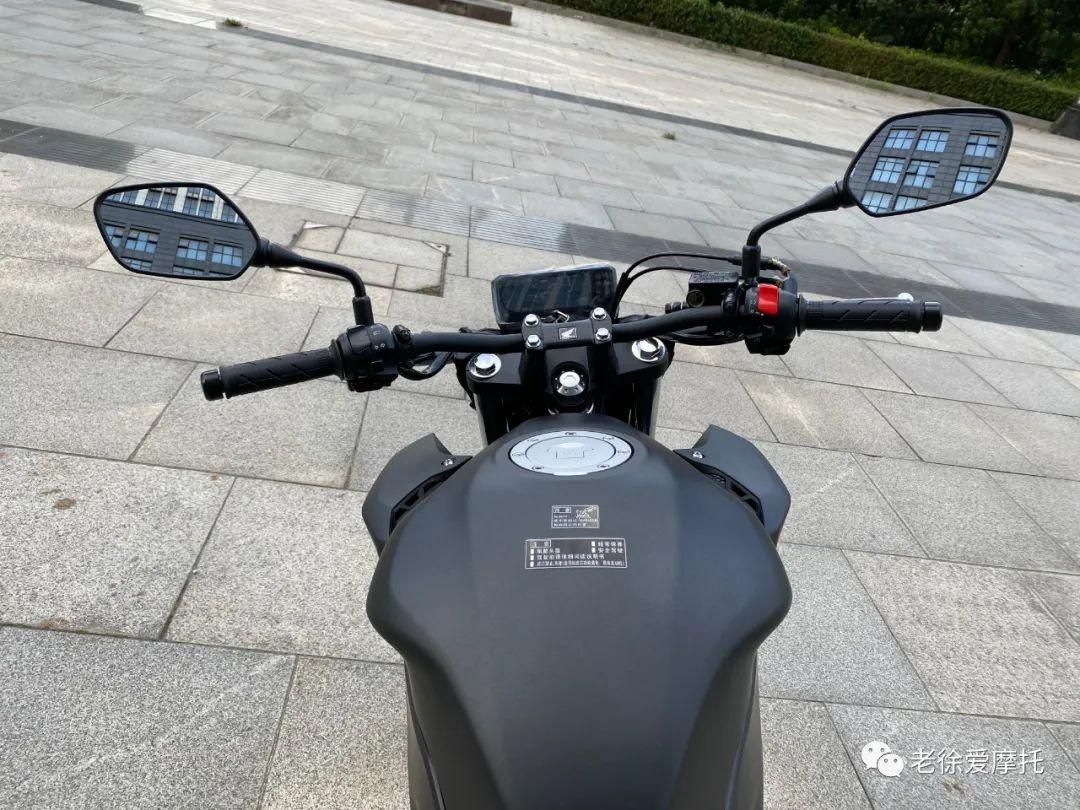 本田中排车型 - CB400F 入门级街车 实车介绍!-第35张图片-春风行摩托车之家