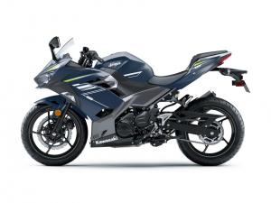 跨越界限 川崎KAWASAKI 2022年式「Ninja 400」新色上阵-第6张图片-春风行摩托车之家