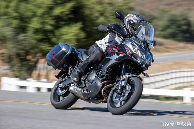 双缸水冷旅行摩托,机械三大件性能出众,但电控系统只有ABS-第3张图片-春风行摩托车之家