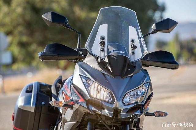 双缸水冷旅行摩托,机械三大件性能出众,但电控系统只有ABS-第7张图片-春风行摩托车之家