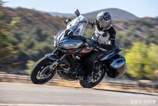 双缸水冷旅行摩托,机械三大件性能出众,但电控系统只有ABS-第8张图片-春风行摩托车之家
