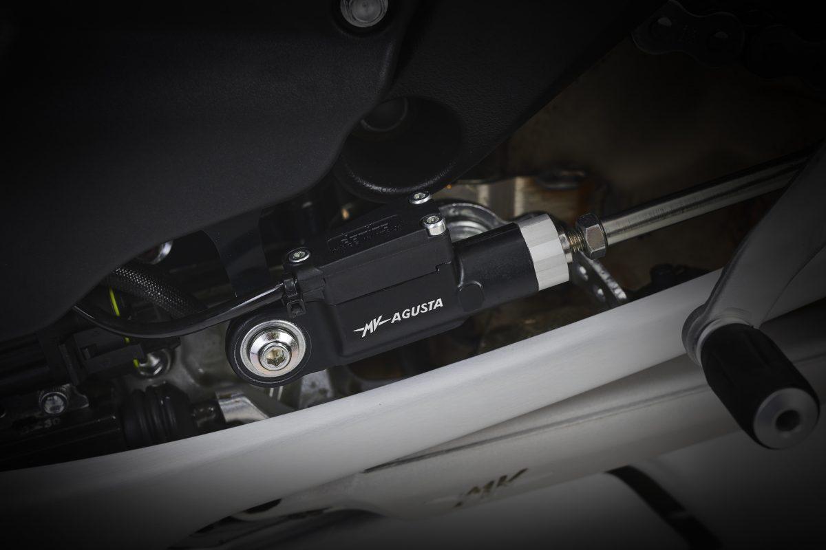 2022 MV AGUSTA Brutale 1000 RS发表:售价更亲民的行动艺术品-第8张图片-春风行摩托车之家
