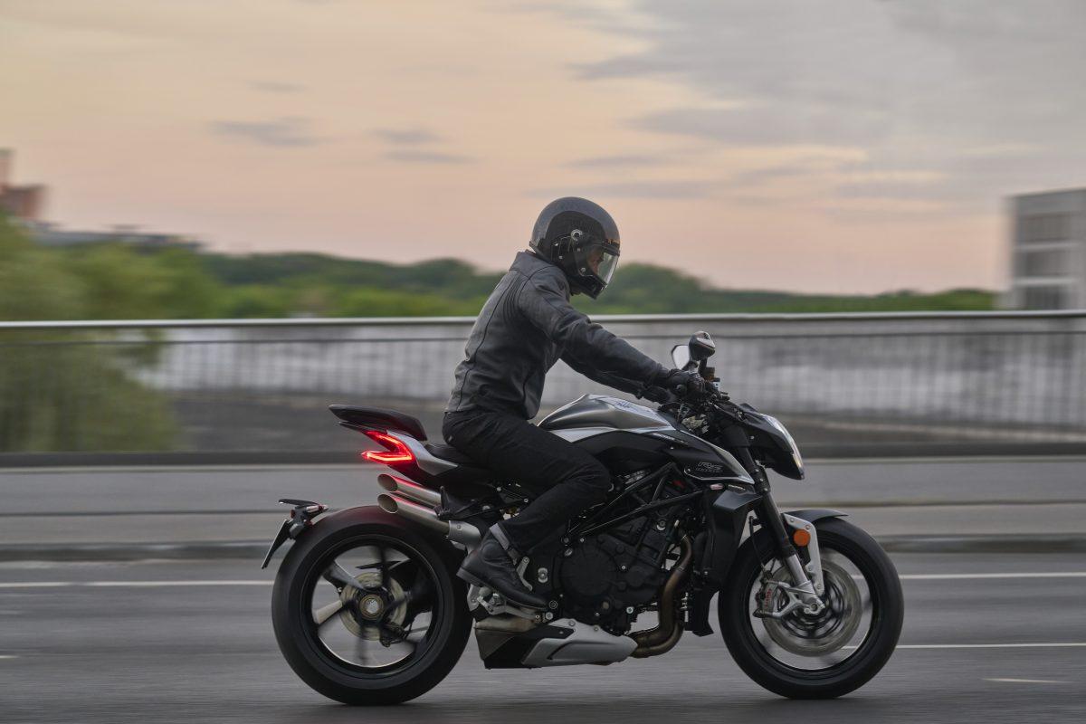 2022 MV AGUSTA Brutale 1000 RS发表:售价更亲民的行动艺术品-第14张图片-春风行摩托车之家