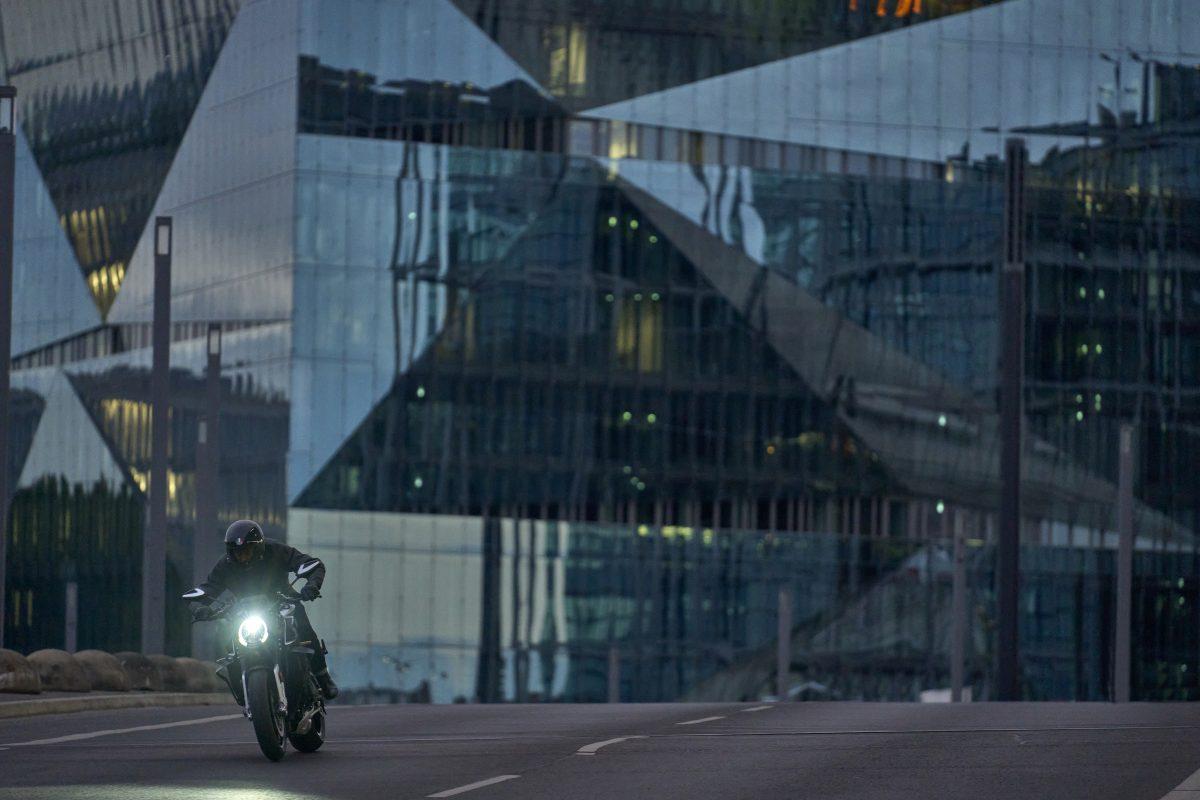 2022 MV AGUSTA Brutale 1000 RS发表:售价更亲民的行动艺术品-第21张图片-春风行摩托车之家