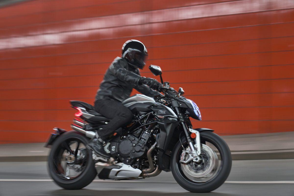 2022 MV AGUSTA Brutale 1000 RS发表:售价更亲民的行动艺术品-第30张图片-春风行摩托车之家