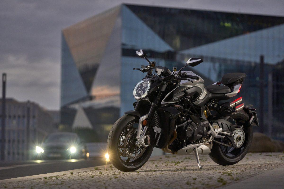 2022 MV AGUSTA Brutale 1000 RS发表:售价更亲民的行动艺术品-第51张图片-春风行摩托车之家
