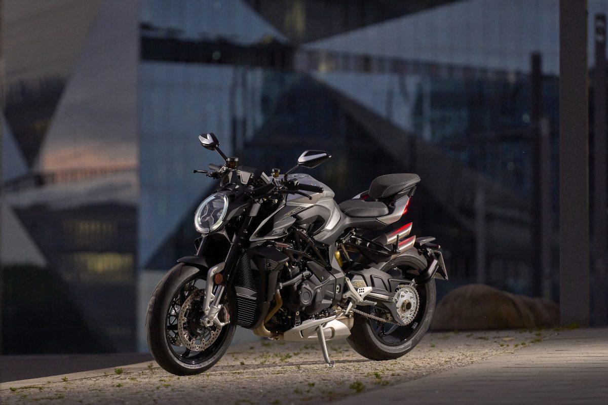 2022 MV AGUSTA Brutale 1000 RS发表:售价更亲民的行动艺术品-第52张图片-春风行摩托车之家