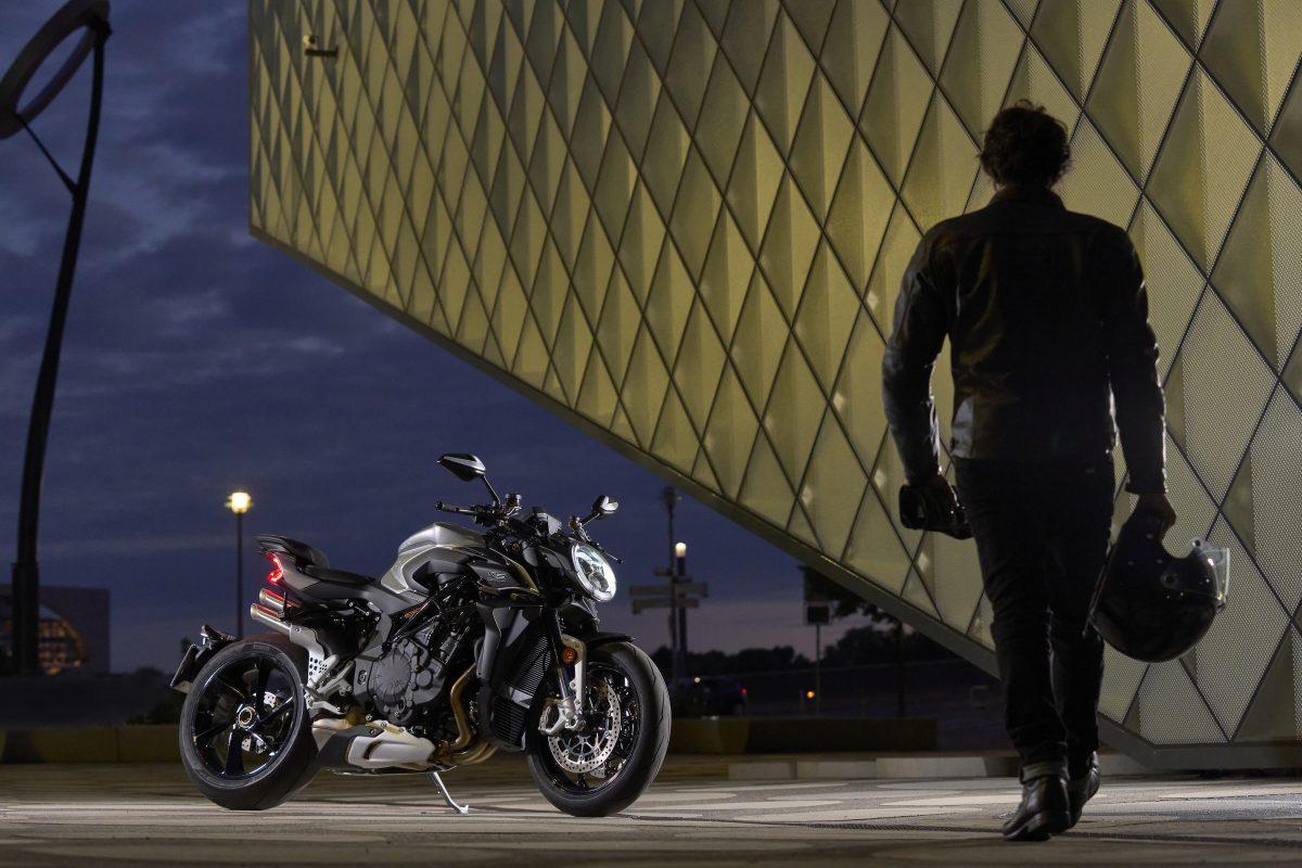 2022 MV AGUSTA Brutale 1000 RS发表:售价更亲民的行动艺术品-第56张图片-春风行摩托车之家
