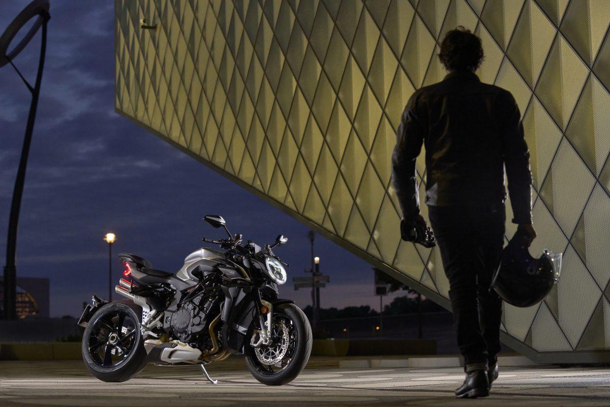 2022 MV AGUSTA Brutale 1000 RS发表:售价更亲民的行动艺术品-第57张图片-春风行摩托车之家