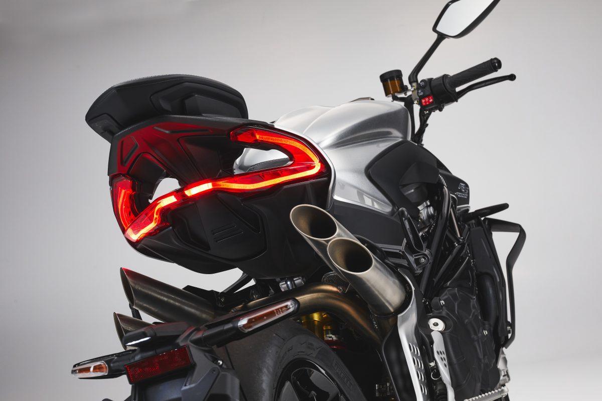 2022 MV AGUSTA Brutale 1000 RS发表:售价更亲民的行动艺术品-第93张图片-春风行摩托车之家