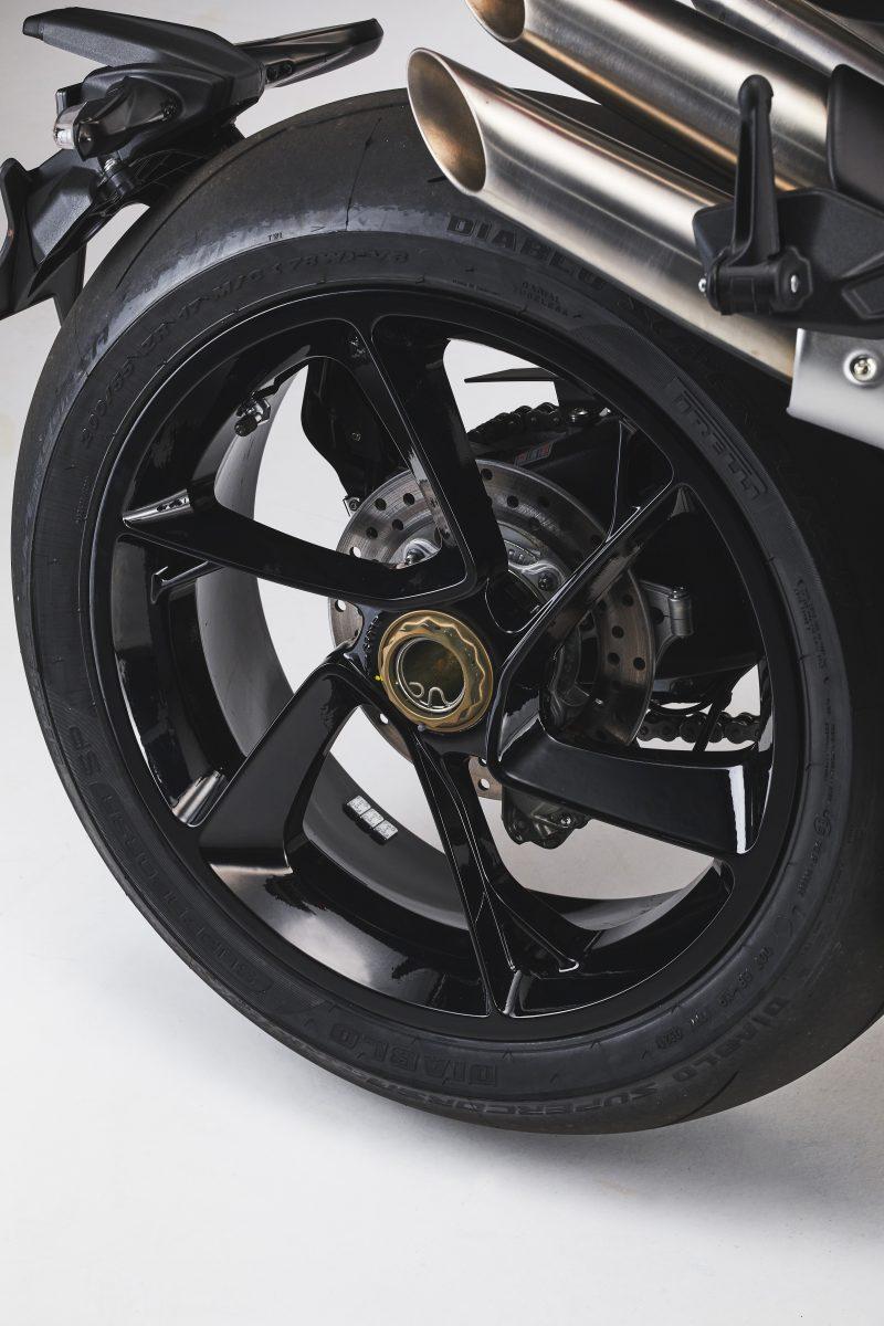 2022 MV AGUSTA Brutale 1000 RS发表:售价更亲民的行动艺术品-第97张图片-春风行摩托车之家